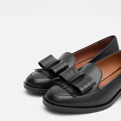Image 6 of LEATHER LOAFERS WITH BOW from Zara