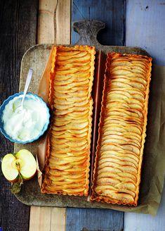 Willkommen im Kuchenparadies - Ein alter Bekannter schmeißt sich neu in Schale: Der Apfelkuchen war schon in Omas Backstube ein Star und ist auch heute der ungeschlagene Liebling auf dem Kuchenbüfett!