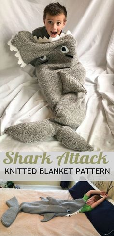 Knitted Shark Blanket Pattern The Whoot * gestrickte hai-decke muster the whoot * motif de couverture de requin tricoté the whoot Crochet Shark Blanket, Shark Tail Blanket, Kids Blankets, Knitted Blankets, Animal Knitting Patterns, Knitting Ideas, Crochet Patterns, Ravelry, Loom Knitting