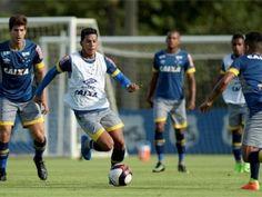 Mano divide duas equipes em treino para reservas antes de Cruzeiro x América-TO