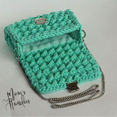 Творение от @mom.s_handies спасибо за душевную работу #lianaknit #пряжалиана Crotchet Bags, Knitted Bags, Crochet Pouch, Crochet Gifts, Crochet Handbags, Crochet Purses, Yarn Bag, Backpack Pattern, Cotton Crochet