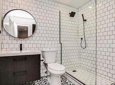379 отметок «Нравится», 8 комментариев — Audrey Crisp (@audreycrispinteriors) в Instagram: «I love this cool b&w bathroom by: @landonmondragon »