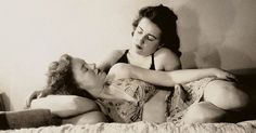 Rare Photos Of Gay Couples At A Time When They Had to Follow a Separate Etiquette
