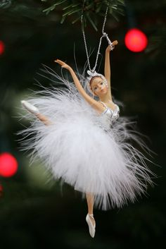 got a new ornament this year and it is the sugar plum fairy! it's not quite like this, but close enough, her dress is a little different! Diy Christmas Balls, Felt Christmas Decorations, Christmas Fairy, Xmas Ornaments, Little Christmas, Christmas And New Year, White Christmas, Christmas Holidays, Christmas Crafts
