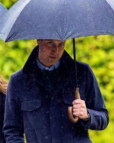 Happy Birthday William, Happy Birthday Prince, Man Birthday, Duchess Kate, Duke And Duchess, Church Of Scotland, Scotland Trip, Order Of The Garter, Prinz William