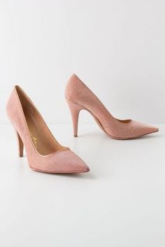 Champenoise Pointed Pumps
