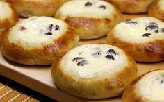 Rahkapullat (traditional quark pies) Finland