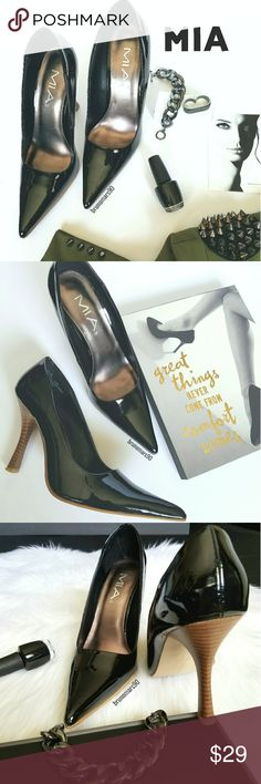 """MIA Patent Leather Pumps This high heeled pump features patent leather and a closed pointy toe. In great, clean condition, with original box. Some wear on soles. Size 7.5. No trades. •Slip-on styling  •4"""" heel height •Super pointed toe •True to size MIA Shoes Heels"""