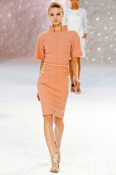 I absolutely love this Chanel dress.