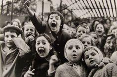 Alfred Eisenstaedt    Children at a Puppet Theater, Paris, 1963.
