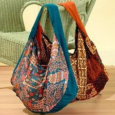 Indonesian Slouch Bag. Love it! Anyone know of a pattern to make a bag like this?