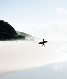 surf check. image @woodygphoto #thebeachpeople #surf #waves #ocean #sea #beach #coast