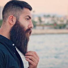 for men who love long bearded men Mens Beard Grooming, Men's Grooming, Big Beard Styles, Hair Styles, Full Beard, Awesome Beards, Tumblr, Beard Care, Bearded Men