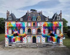 Twin Skulls Transform The Facade Of This 19th Century French Castle