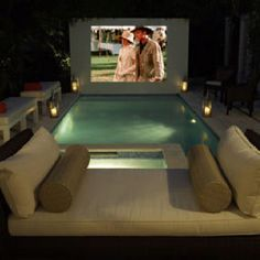 Backyard movie theatre and tropical pool by Campion Platt Interiors Backyard Movie Theaters, Backyard Movie Nights, Vinyl Pools Inground, Inground Hot Tub, Mini Piscina, Pool Movie, Movie Party, Outdoor Spaces, Outdoor Living