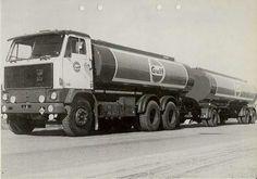 Volvo G 89 6x2 met 3 assige tankoplegger vsn de GULF