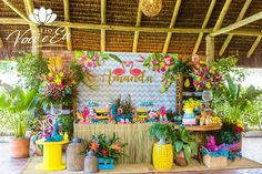 Aloha Party, Moana Birthday Party, Tiki Party, Luau Party, Birthday Party Themes, Flamingo Birthday, Flamingo Party, Kids Luau Parties, Luau Baby Showers