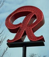 The Famous Rainier Brewery Sign - Seattle Washington - Now there is a T for Tully's. Should be illegal. Western Washington, Seattle Washington, Washington State, Seattle Times, Seattle Area, Seattle Sights, Pacific Coast, Pacific Northwest, Rainier Beer