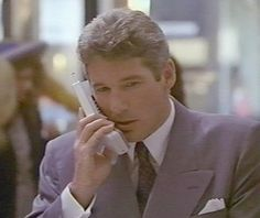 """Richard Gere uses an early cell phone in """"Pretty Woman. Richard Gere, Ferdinand The Bulls, Zack Morris, Why I Love Him, Nostalgia, Kristin Kreuk, Handsome Actors, Long Time Ago, Good Looking Men"""