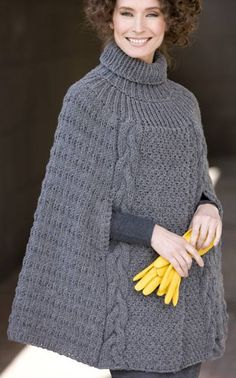 Most Shic Knit Poncho Models – Knitting And We Knitted Cape Pattern, Poncho Knitting Patterns, Crochet Poncho, Knitting Designs, Knit Patterns, Knitwear Fashion, Knit Fashion, Mode Inspiration, Crochet Clothes