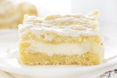 I am baker This Lemon Cream Cheese Coffee Cake is completely from-scatch and loaded with pure lemon flavor! The best way to start the day! Potluck Desserts, Lemon Desserts, Lemon Recipes, Just Desserts, Delicious Desserts, Dessert Recipes, Dessert Bars, Baking Recipes, Cream Cheese Coffee Cake