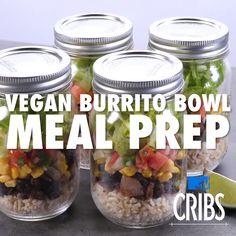 2 recipes for meal prep with mason jars: apple quinoa breakfast bowl, vegan burrito bowl meal prep Vegan Meal Prep, Lunch Meal Prep, Easy Meal Prep, Vegan Meals, Easy Meals, Vegetarian Recipes Easy, Raw Food Recipes, Healthy Recipes, Budget Recipes