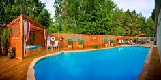 #Pool | Take a relaxing dip in the pool at the Lamb's Rest Inn located in New Braunfels, TX. #bedandbreakfast #travel