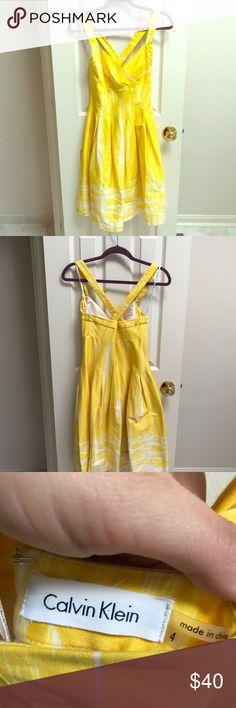 Calvin Klein Yellow Dress Gorgeous yellow dress perfect for summer! Calvin Klein Dresses Midi