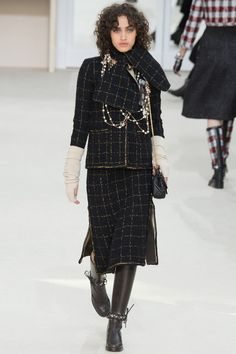 Chanel, Look #31