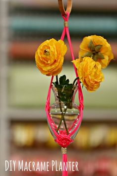 HGTV Crafternoon: DIY #Macrame Planter (http://blog.hgtv.com/design/2014/03/25/how-to-make-a-diy-macrame-planter/?soc=pinterest)