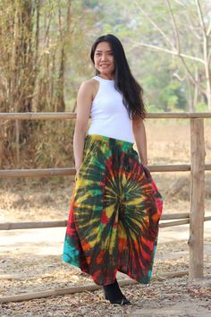 Culottes, Yoga Pants, Drop Crotch Pants, Aladdin Pants, Leisure Pants, Hippie Pants, Trouser Skirt, Color Tie Dye Tie Dye Colors, Drop Crotch Pants, Keep Your Cool, Summer Days, Yoga Pants, Tie Dye Skirt, That Look, Floor, Skirts