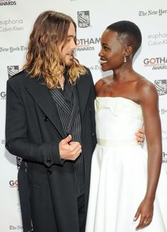 The time she somehow upstaged Jared Leto's unreal ombré locks. | 22 Times Lupita Nyong'o Proved She's A Flawless Fashion Genius
