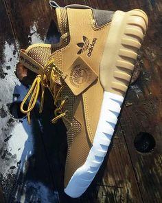 adidas Originals Tubular X (with custom Timberland laces)
