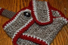 My sister was the recipient of the Sock Monkey Hat and Blanket I posted a few weeks back. I gave it to her as a Mother's Day present for the baby girl she is expecting in October. The other d…