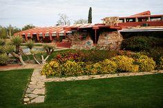 Taliesin West - Frank Lloyd Wright / Ca 1937 Organic Architecture, Japanese Architecture, Amazing Architecture, Landscape Architecture, Architecture Design, Frank Lloyd Wright Buildings, Frank Lloyd Wright Homes, Usonian, Park Homes