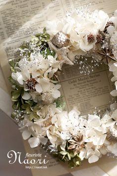 紫陽花とカスミソウのリース シルバー×ホワイト