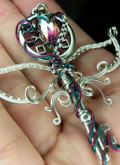 Wire wrapped fairy key https://www.facebook.com/LepidusPlasmatio