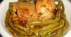 Φασολάκια με κοτόπουλο στην κατσαρόλα Μια τέλεια μαμαδίστικη συνταγή Greek Recipes, Chicken Wings, Meat, Cooking, Food, Fine Dining, Kitchen, Kochen, Meals