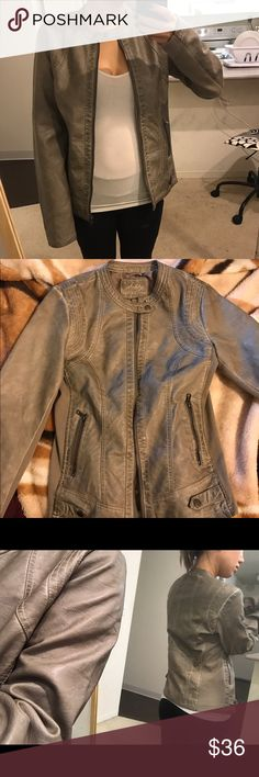 """NWT Sebby leather Moto jacket taupe NEW w. tags, brand new, never worn.  Sleeves too long on me Shoulder to bottom is 25"""" Pit to bottom is 19"""" Whole length is 25.5""""  shell: non-leather face: 100% polyurethane coat backing: 100% viscose rib: 98% polyester 2 % spandex  will ship out in padded bag to protect buttons  tags: beige cream creme tan army green grey gray olive coat trench winter autumn fashion motorcycle trend fall forever h&m zara urban express UO gap brandy melville Charlotte mango…"""