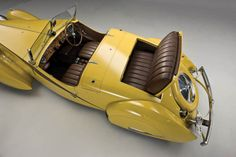 1935 Bugatti Type 57 Grand Raid Roadster Maintenance of old vehicles: the material for new cogs/casters/gears/pads could be cast polyamide which I (Cast polyamide) can produce Bugatti Type 57, Bugatti Cars, Retro Cars, Vintage Cars, Antique Cars, Art Deco Car, Roadster, Sweet Cars, Yellow