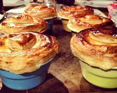 Kiss, Blush and Tell: Beef + Ale pies Recipe: http://www.kissblushandtell.com/2012/06/beef-ale-pies.html#