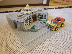 Lego Jurassic Park Visitor center