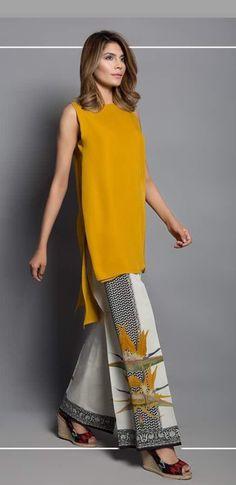 Batik Fashion, Hijab Fashion, Fashion Outfits, Womens Fashion, Fashion Trends, Pakistani Outfits, Indian Outfits, Eastern Dresses, Indian Wear