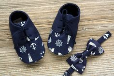 Nautical baby shoes navy blue baby boy booties nautical bow - Baby Boy Shoes - Ideas of Baby Boy Shoes Baby Boy Booties, Baby Boy Shoes, Crochet Baby Booties, Baby Boy Outfits, Crochet Hats, Baby Boy Cribs, Baby Boys, Nike Shoes For Boys, Sailor Baby