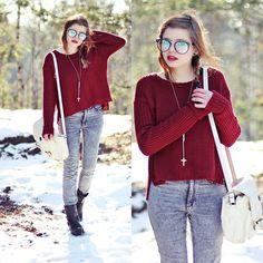 Burgundy jumper (by Nesairah Nesstyle)