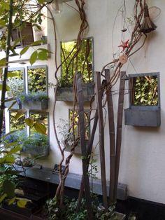 Design Sleuth: Mirrored Planters from Paris Gardenista