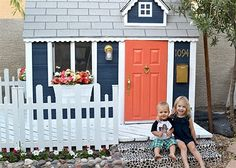 omg...how flippin cute, navy and could do a bright coral pink door.