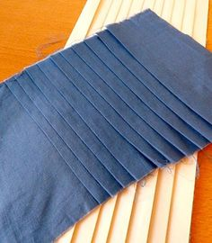 how to: pleats without a pleating board
