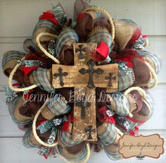 Western Rustic Red, Turquoise, and Burlap Cross Deco Mesh Wreath with Rope via Etsy. We did wreaths as a winter fundraiser and they were a hit! Wreath Crafts, Diy Wreath, Wreath Ideas, Wreath Making, Tulle Wreath, Couronne Diy, Western Wreaths, Western Christmas, Country Christmas