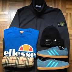 Away Days - Stone Island jacket, CP Company goggle beanie, Ellesse t-shirt, Burberry scarf, Adidas Tobaccos Football Casual Clothing, Football Casuals, Football Fashion, Stone Island Shirt, Stone Island Jacket, Cute Teen Outfits, Boy Outfits, Casual Outfits, Dope Fashion